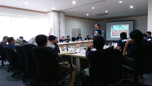 Peserta Banking Journalist Workshop  Makassar Ditantang Lebih Paham Soal Keuangan