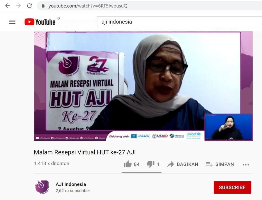Latifah Anum Siregar, salah satu dewan juri mengumumkan pemenang Udin Award 2021 secara daring pada Sabtu (7/8).
