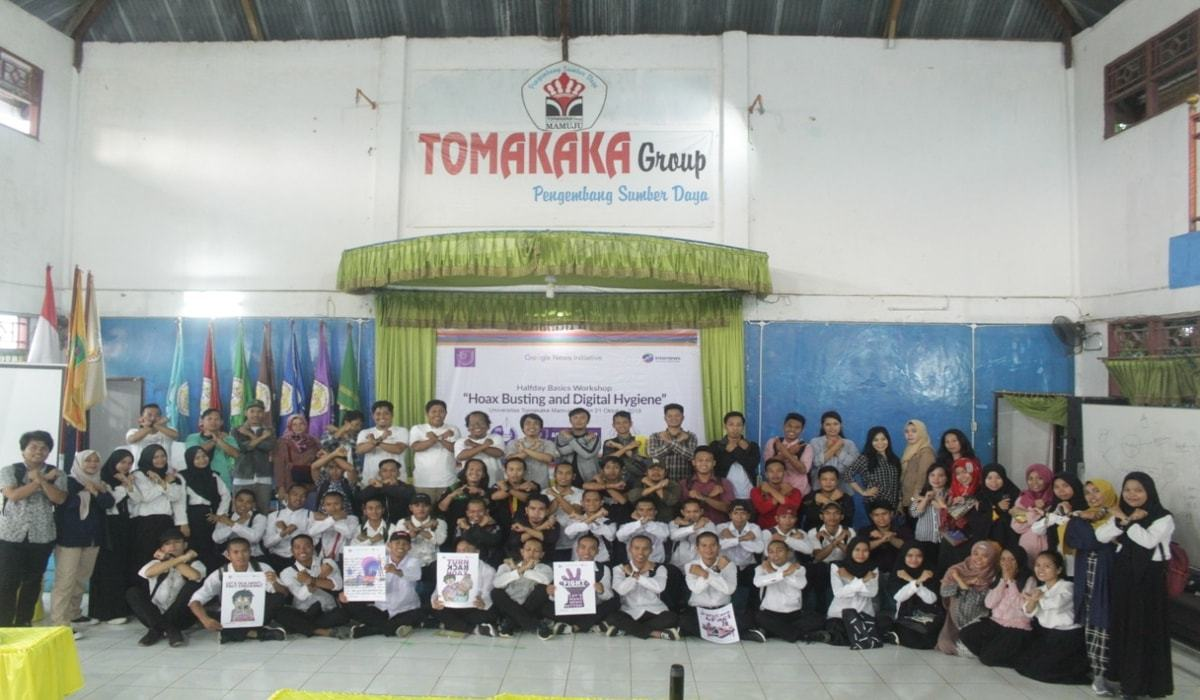 Kegiatan Workshop Hoax Busting and Digital Hygiene di Universitas Tomakaka Mamuju