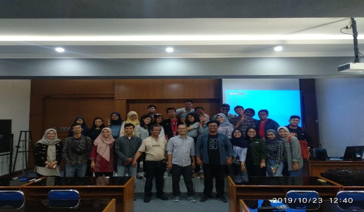 Kegiatan Workshop Hoax Busting and Digital Hygiene di UPN Yogyakarta