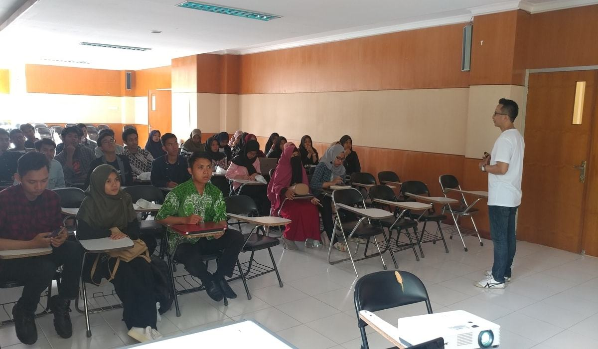 Kegiatan Workshop Hoax Busting and Digital Hygiene di UPI Tasikmalaya
